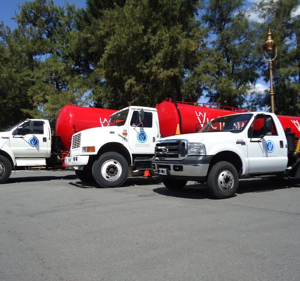 Camiones atmosféricos de empresa